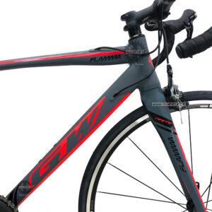 bicicleta-gw-flamma-ruta-2021-gris-rojo-marco