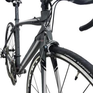 bicicleta-gw-flamma-ruta-2021-gris-blanco-llantas